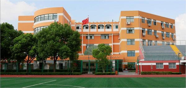 校园环境1.jpg